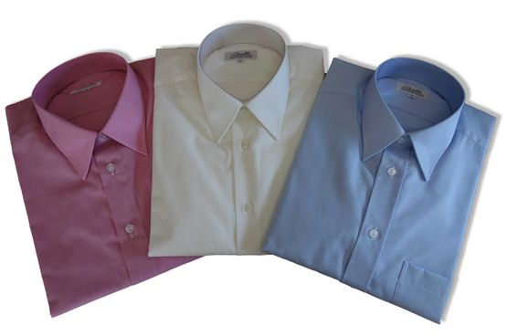 Hemden nach Mass von Duelli in verschiedenen Stoffen und Schnitten